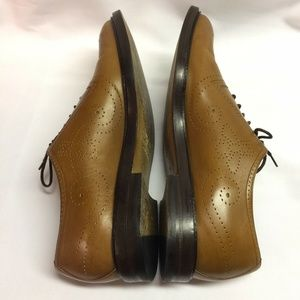 Gucci Shoes - Gucci Bee Brogue Medallion Toe Oxfords